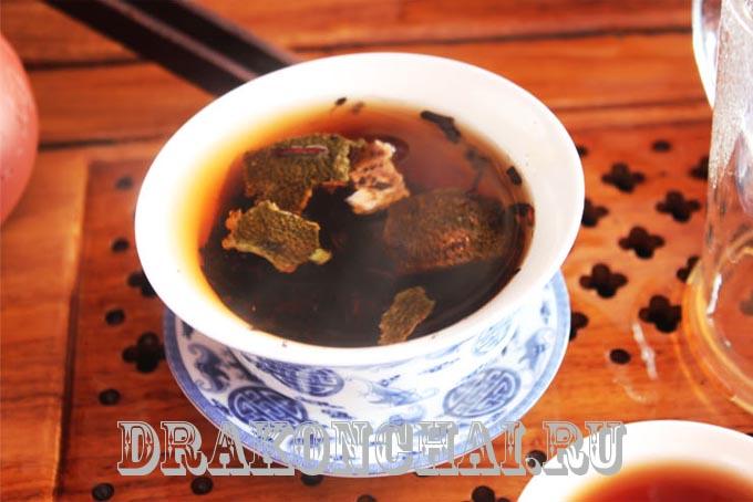 чай шу пуэр в мандарине